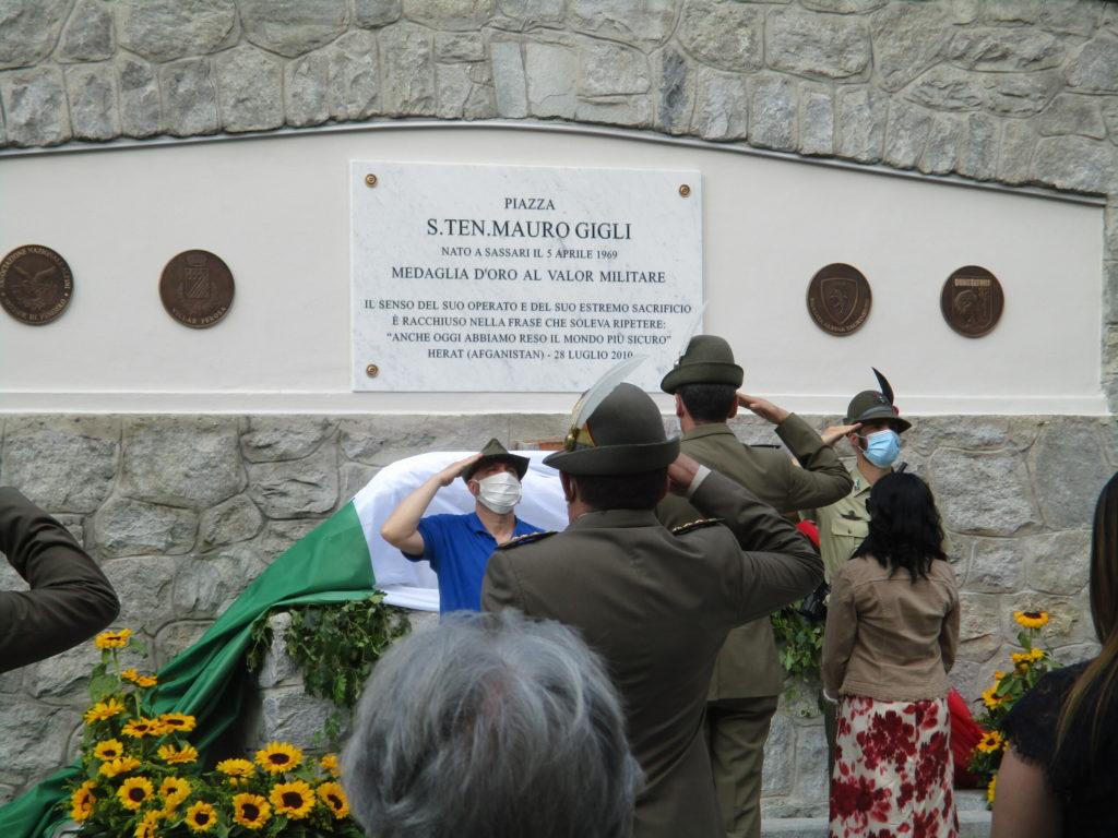 Saluto alla Targa commemorativa