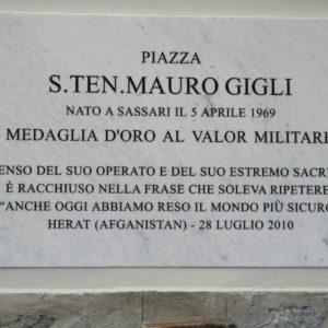 Lapide della Nuova Piazza S.Ten Mauro Gigli
